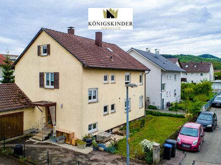 Zum Eigenbezug oder als Kapitalanlage: Kernsaniertes Zweifamilienhaus + Garage + Stellplatz in Süßen
