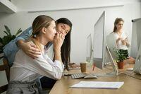 Wie wird man Kollegen los, die sich anfreunden wollen?