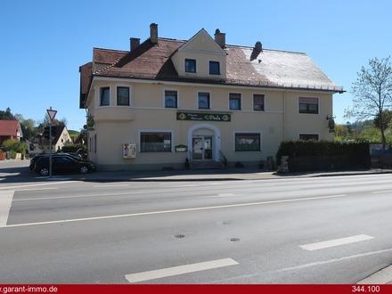 Wohn- und Geschäftshaus mit Neubaupotenzial auf großem Grundstück zentral in Schongau