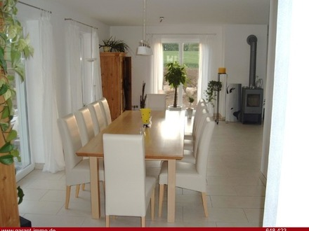 ***Hochwertiges Einfamilienhaus mit Blick ins Grüne, TOP modern***