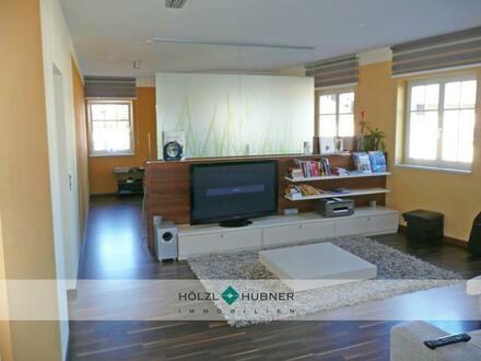 Großzügiges Büro mit guter Raumaufteilung