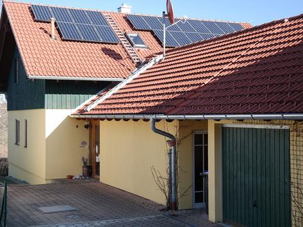 LAYER IMMOBILIEN: Einfamilienhaus mit viel Platz in Traumlage