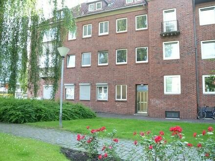 Vollsanierte Wohnung in der City: 4-Zimmerwohnung im Herzen der Stadt, 3. OG links, Deb.-Nr. 70307