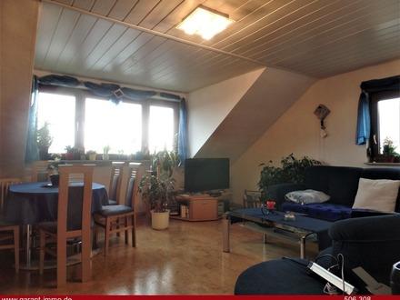 Gemütliche 4-Zimmer-Dachgeschoss-Wohnung mit sonniger Loggia!