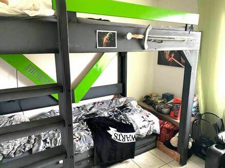 1 1 7 qm 3 Zimmer Wohnung mit wettergeschützter Loggia und MEGA 50 qm Wohn- Esszimmer + NEUES Bad