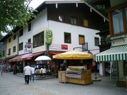 Wohn- und Geschäftshaus in der Fußgängerzone am Königssee