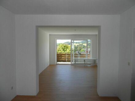 Helle 3 Zimmer Wohnung in 3.Stock mit Balkon in Wunsiedel