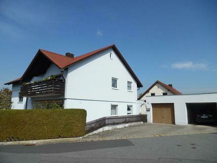 Einfamilienwohnhaus mit Doppelgarage
