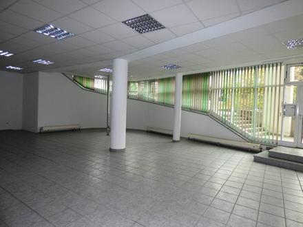 ZENTRAL: Laden - Büro - Ausstellung