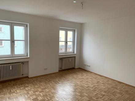 Schöne 2-Zimmer Wohnung direkt im Marktplatz von Perlesreut zu vermieten
