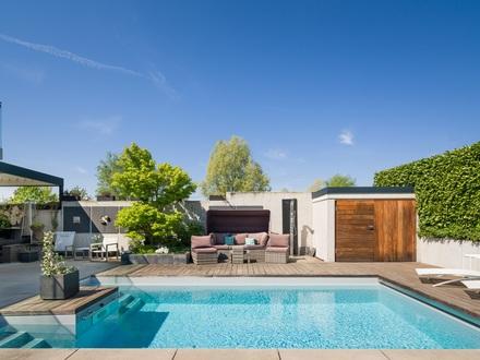 Urlaubsflair auf 5 Sterne Niveau - Besondere Design-Villa im Bauhausstil!