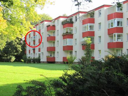 Lichtdurchflutete 3 Zimmer-Eigentumswohnung mit Balkon