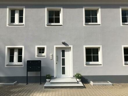 Traumhaft schöne 3-Zimmer Dachgeschosswohnung im Grünen inkl. EBK