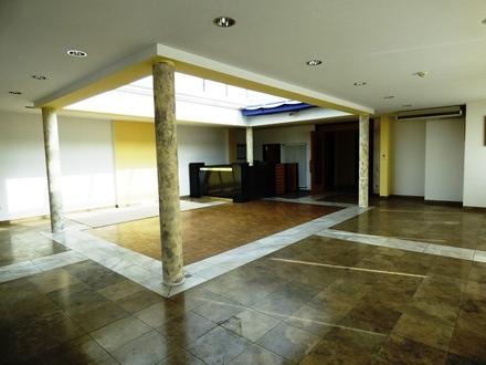 Ideale Büro- und Schulungsräume mit guter Anbindung an die B469