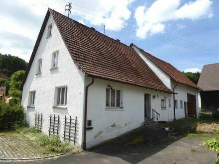 Ehemaliges Bauernhaus mit Stall und Scheune in ruhiger Lage von Fleinheim