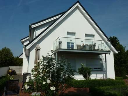 Zweifamilienhaus mit ausgebautem Dachgeschoss in zentrumsnaher Lage von Herford