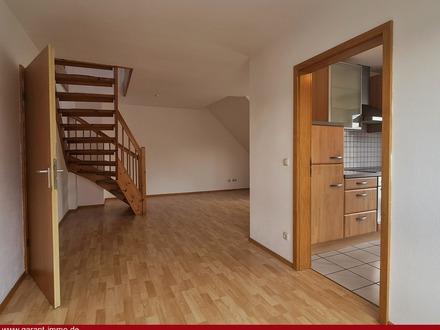Zwei Zimmer + ca. 37 qm wohnwertige Fläche im Dachgeschoss - viel Platz auf zwei Ebenen!