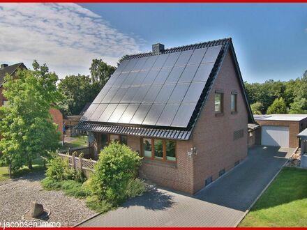 Modern saniert und voll unterkellert - Einfamilienhaus inklusive Photovoltaik-Anlage in Schaalby