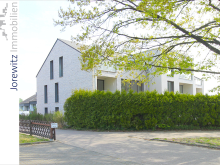 Neubau in Bielefeld-Schildesche: Helle und großzügige 4 Zimmer-Wohnung mit Loggia