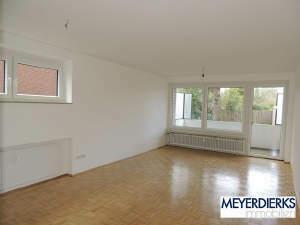 Ziegelhofviertel - Auguststraße: frisch renovierte 3-Zimmer-Wohnung in direkter Nähe zum Pius und Evangelischen Krankenhaus
