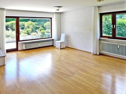 Ruhige Halbhöhenlage! Freistehendes 1- bis 2-Familien-Haus mit schönem Gartenbereich
