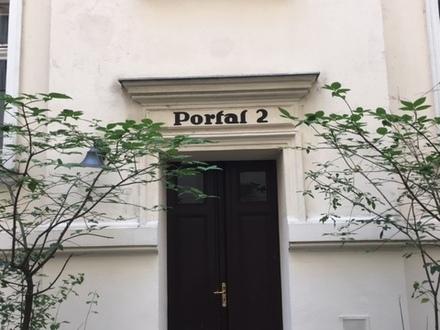 2 Zi.-Whg. im Berliner Altbau, 4.OG, Kapitalanlage ca. 3% Rendite