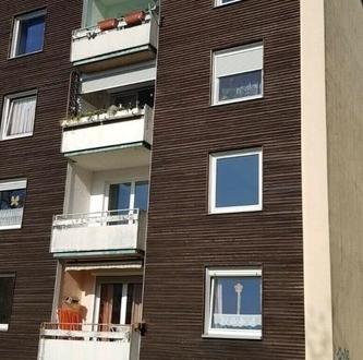 Gepflegte 3 Zimmerwohnung mit Balkon und Einstellplatz in Krähenriede!