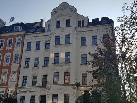 2 Zimmer Eigentumswohnung mit EBK zum Verkauf in Altchemnitz
