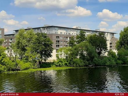 Sehr schöne helle Wohnung mit direktem Havel-Wasserblick!