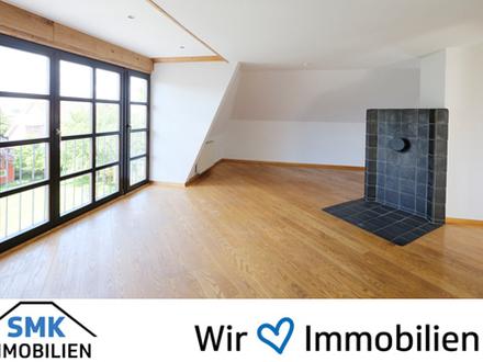 Renovierte Dachgeschosswohnung mit Charme!
