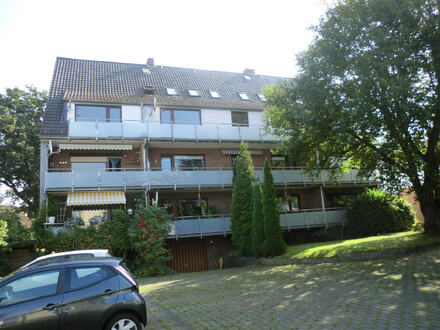 Morderne Dachgeschosswohnung in Burgdamm!