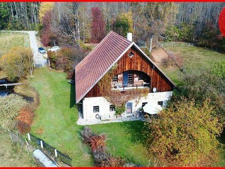 Absolute Alleinlage, zauberhaftes Anwesen - unverbaubar in 94089 Neureichenau