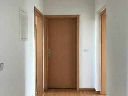 3-Raum-Wohnung mit Balkon in Lucka