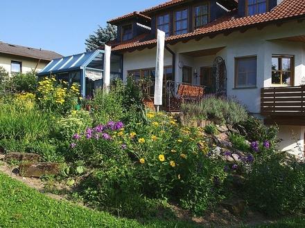 Exklusiv, großzügig, außergewöhnlich! Wohnhaus in herrlicher Lage - Bad Rodach-OT