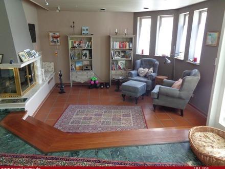 Stilvolles und modernes Haus in toller, bevorzugter Lage - mit viel Platz innen und außen