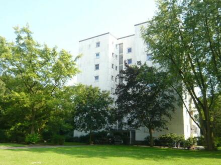 Großzügige 2-Zimmer-Wohnung in Bremen-Osterholz mit Loggia