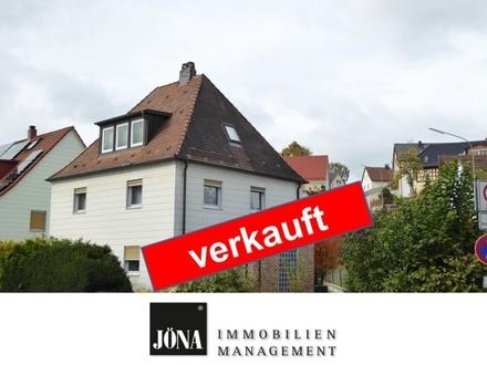 Großzügiges Ein-Zweifamilienhaus in stadtnaher Lage