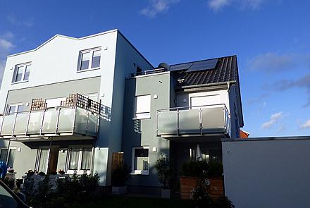 hochw. 3-Zi.-Neubauwohnung mit Garage (KfW-55-Standard)