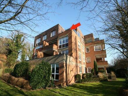 Seltene Gelegenheit: Altersgerechte, sonnige Penthouse-Wohnung mit Fahrstuhl und Garagenstellplatz