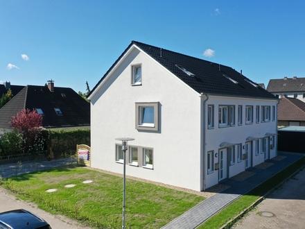 Oldenburg: Modernes Reihenmittelhaus mit 4 Zimmern in Dietrichsfeld, Obj. 5130