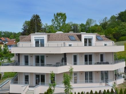 BEREITS FERTIG GESTELLT HALLWANG/MAYRWIES: Panorama-Penthouse mit rundum Terrasse in top Stadtrandlage!