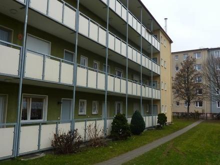 Top Angebot in zentrale Lage - 1 1/2 Zimmer-Wohnung + Einzelgarage vor der Haustür