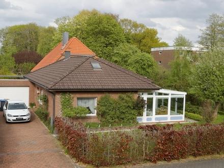 Ebenerdig wohnen - attraktiver Bungalow mit Wintergarten in Neuengroden
