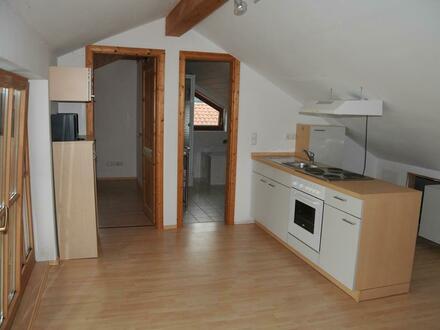 1,5 Zimmer DG Appartement, 2 km südl. von Wasserburg