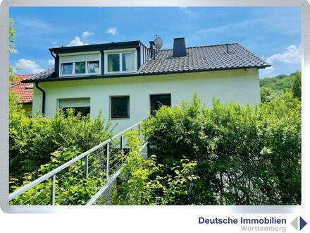 Immobilieninvest: 4-Familien-DHH in Stuttgart- Botnang