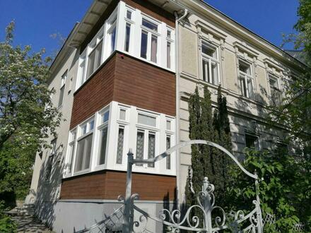 Mödling, Bestlage-Altbauwohnung in Zweifamilienhaus mit Garten