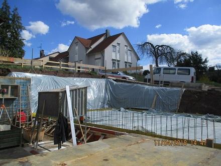 Hier kann ich selbst mitbauen - Ausbau-Haus mit 2 Vollgeschossen, Balkon, Terrasse, Keller, Garage im UG integriert,...