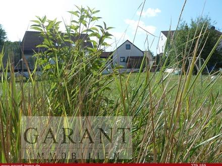 Sonniges Grundstück zur Bebauung mit einem Einfamilienhaus oder Doppelhaus - erschlossen!