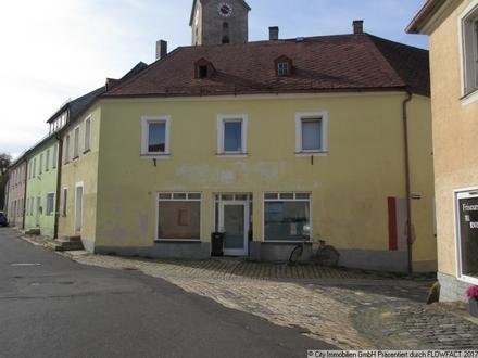 Wohn- und Geschäftshaus im idyllischen Städtchen Bärnau