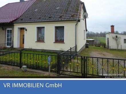 Doppelhaushälfte mit großem Grundstück bei Friedrichsruhe